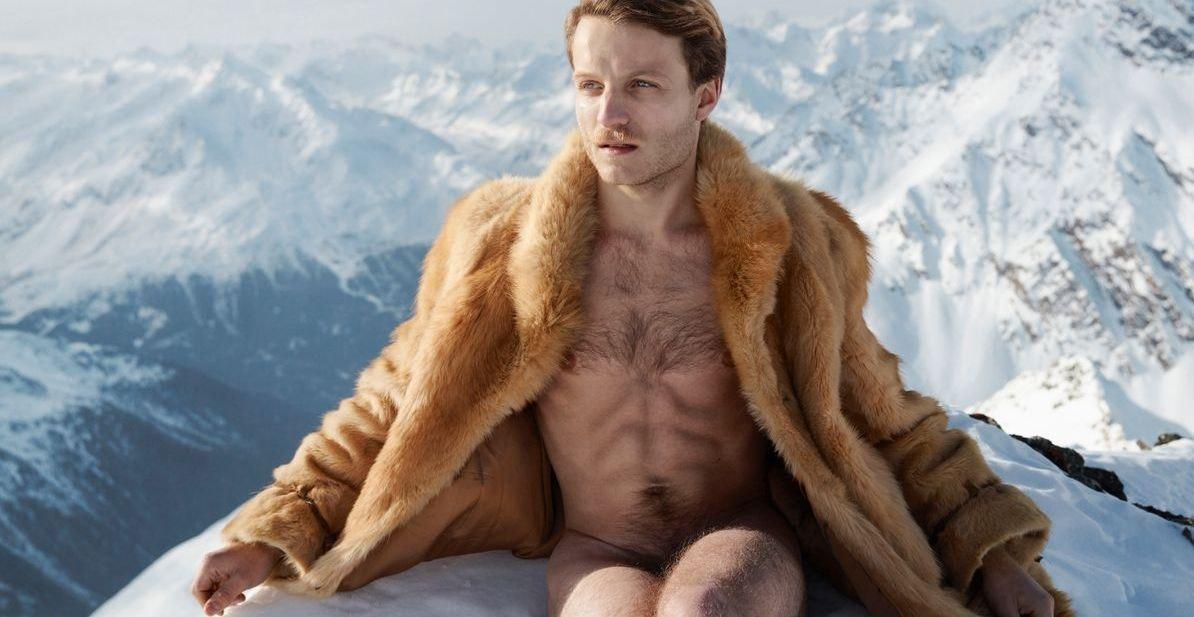 Andy_KLassier_naked snow_Original.jpg