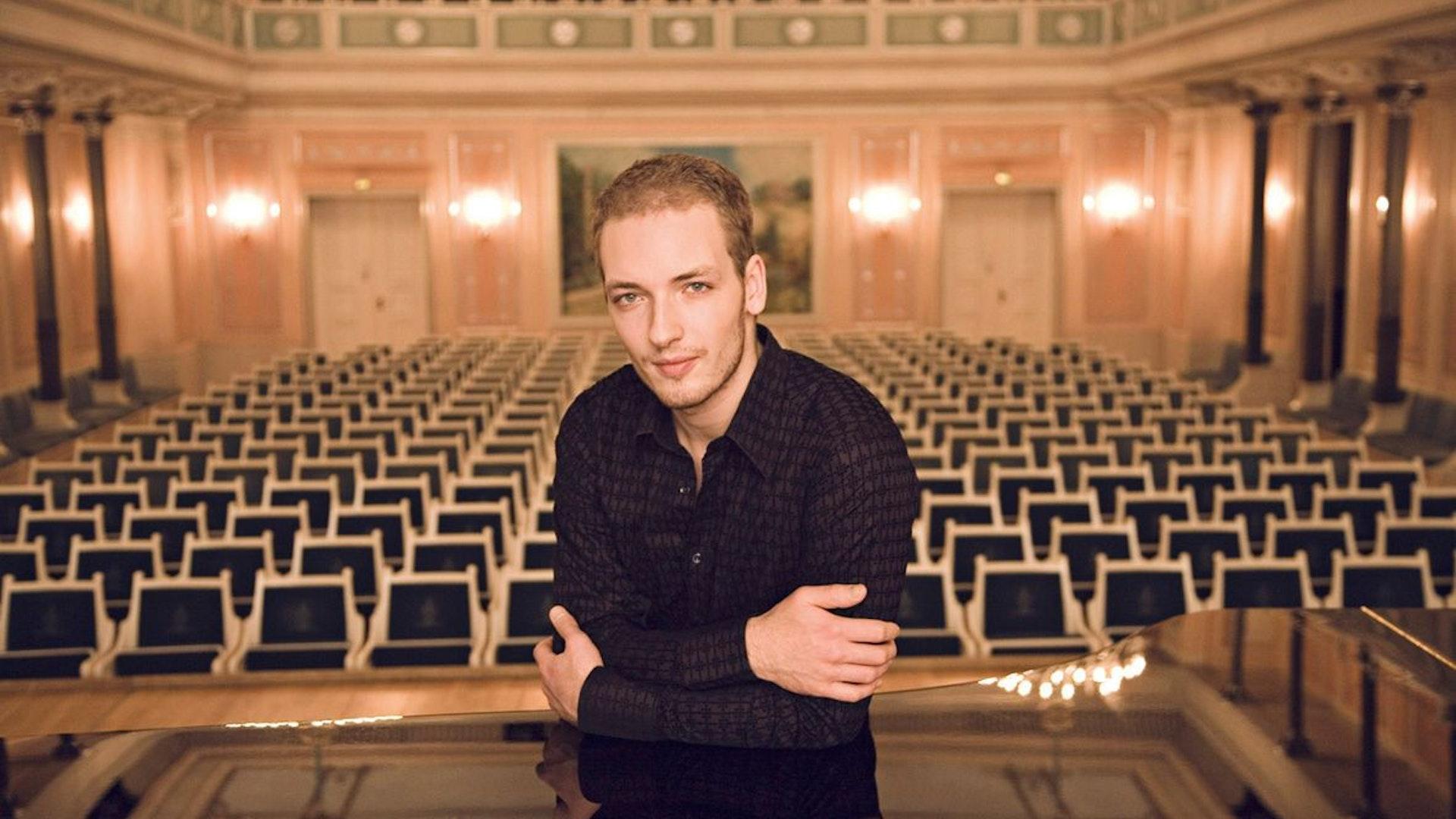 NikolaiTokarev_05.jpg